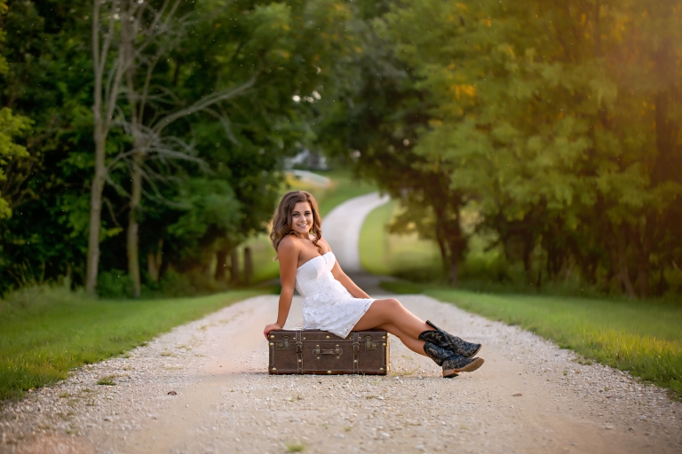 Layna Jane Photography Omaha senior photographer